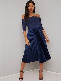 chi-chi-london-lesli-lace-top-pleated-skirt-midi-dress-navy