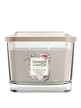 yankee-candle-elevation-collection-sunlight-sands-medium-jar-candle
