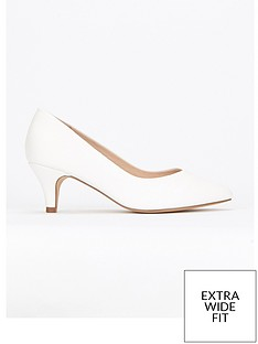 evans-evans-extra-wide-fit-white-kitten-court-shoe