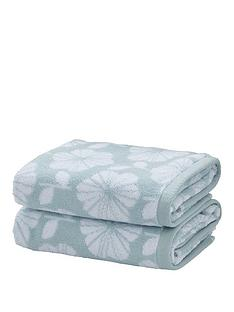 catherine-lansfield-retro-floral-towel-range