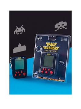 Very Space Invaders Retro Game Keyring Picture