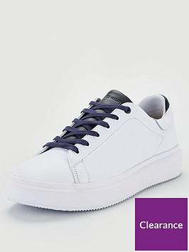tommy-hilfiger-luxury-corporate-sneaker