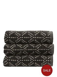 christy-kimono-bath-towel-range