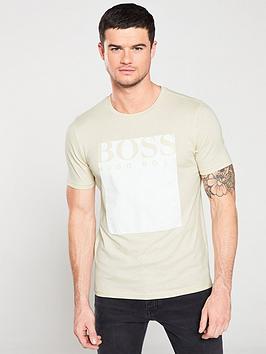 boss-applique-logo-t-shirt-ecru