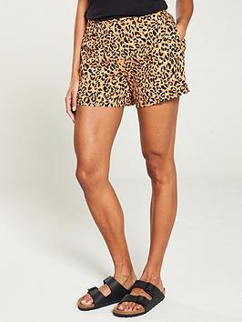 warehouse-leopard-short-animal-print