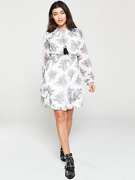v-by-very-shirred-waist-ruffle-sleeve-dress-paisley