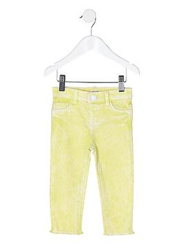 river-island-mini-mini-girls-molly-frayed-hem-jeggings-yellow