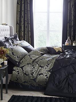 boston-glamour-duvet-cover-set-black-and-gold