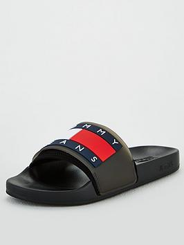 tommy-jeans-flag-pool-sliders-black