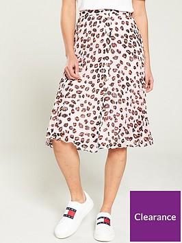 tommy-jeans-leopard-print-midi-skirt