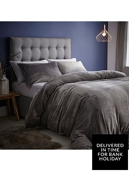 silentnight-velvet-touch-fleece-duvet-cover-set