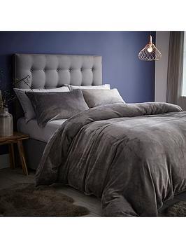 Silentnight Silentnight Velvet Touch Fleece Duvet Cover Set Picture