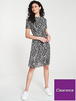 v-by-very-animal-print-plisse-midi-dress-ndash-monochrome