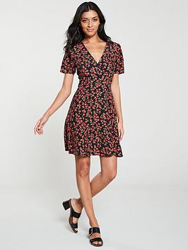 v-by-very-button-wrap-tea-dress-floral