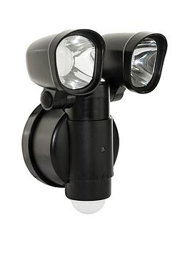 Luceco Luceco Solar Twin Security Light 400Lm 4W 5000K Picture