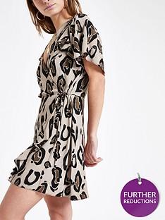 ri-petite-leopard-print-tea-dress--beige