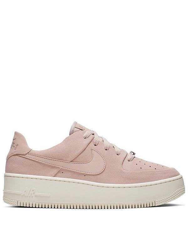 Nike Pink Air Force 1 Sage Low Sneakers