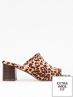 evans-extra-wide-fit-heeled-leopard-mule