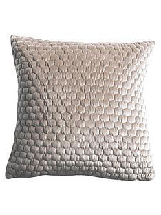 gallery-large-honeycomb-cushion