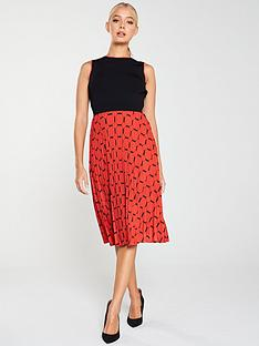 ted-baker-philisa-pleated-tile-print-dress-blackred