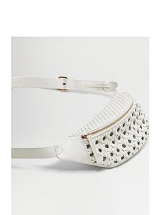 mango-crochet-belt-bag