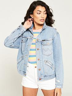 wrangler-retro-denim-trucker-jacket-light-wash