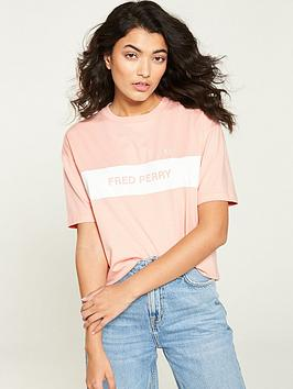 fred-perry-printed-panel-t-shirt-pink