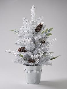 silver-grey-and-white-berry-table-top-christmas-tree
