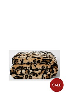 river-island-faux-fur-leopard-print-throw