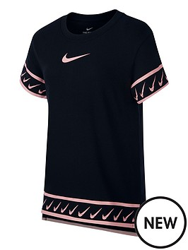 nike-sportswear-girls-swoosh-branded-studio-t-shirt-blackpink