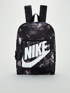 nike-classic-printed-backpack-blackwhite