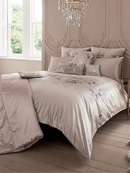 kylie-minogue-luciana-square-pillowcase
