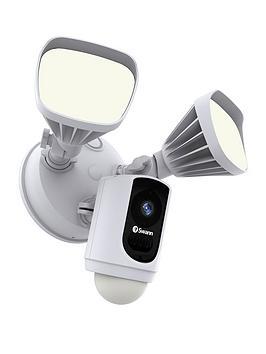 Swann Swann Floodlight Cam Picture