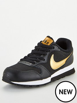 nike-md-runner-2-vtb-junior-trainers-blackgold