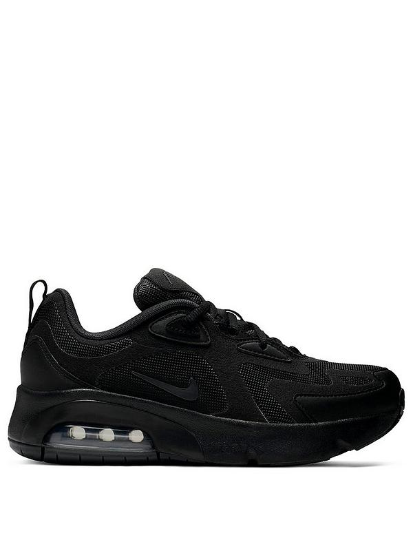 black trainers nike junior