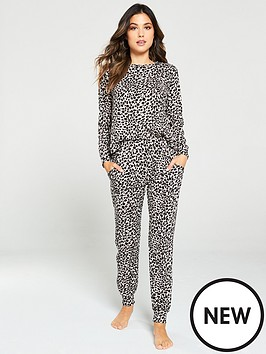 v-by-very-printed-soft-touch-print-lounge-set-leopard