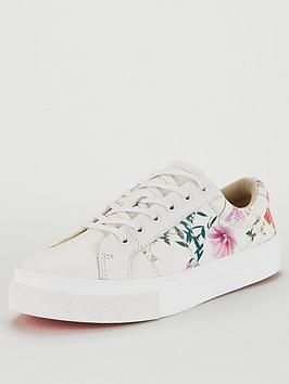 ted-baker-ephielp-hedgerow-trainer