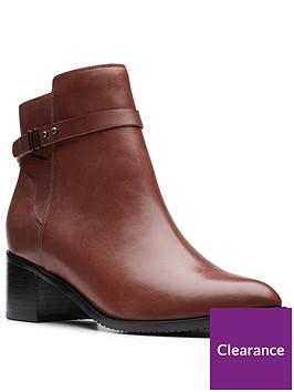 clarks-poise-freya-ankle-boot-mahogany