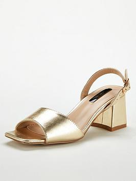 lost-ink-riva-square-mid-flared-heeled-sandals-gold
