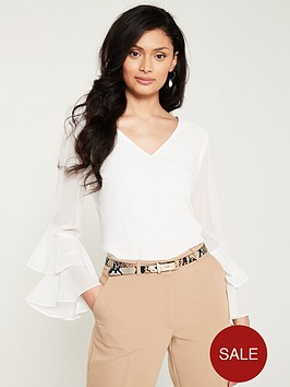 wallis-v-neck-ruffle-sleeve-top-cream