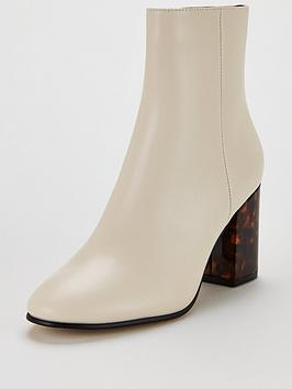office-aima-ankle-boot-white