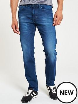 boss-maine-regular-fit-jean