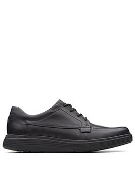 clarks-unstructured-abode-ease-shoe