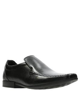 clarks-glement-seam-shoe