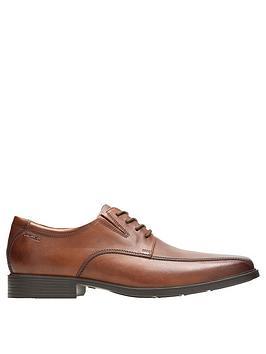 Clarks Clarks Tilden Walk Shoes - Tan Picture