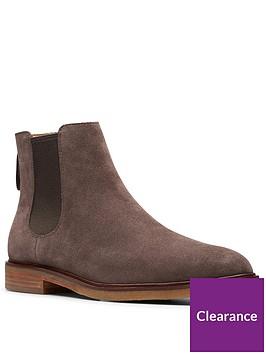 clarks-clarkdale-gobi-boots