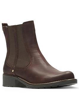 clarks-orinoco-club-chelsea-ankle-boot
