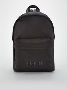 hugo-record-backpack