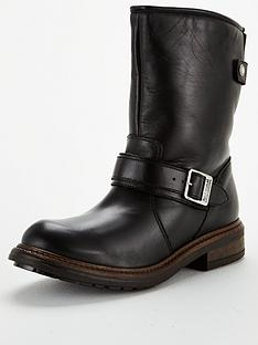 barbour-international-avalon-boot