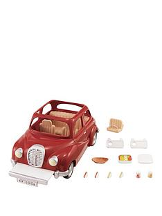 sylvanian-families-family-saloon-car